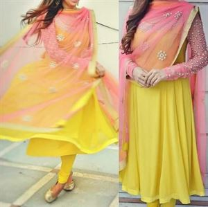 Picture of Bollywood style party wear 245d